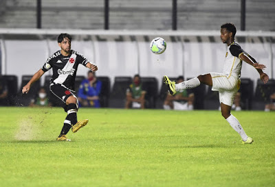 Com desfalques, veja as opções de Ricardo Sá Pinto para o jogo contra o Sport