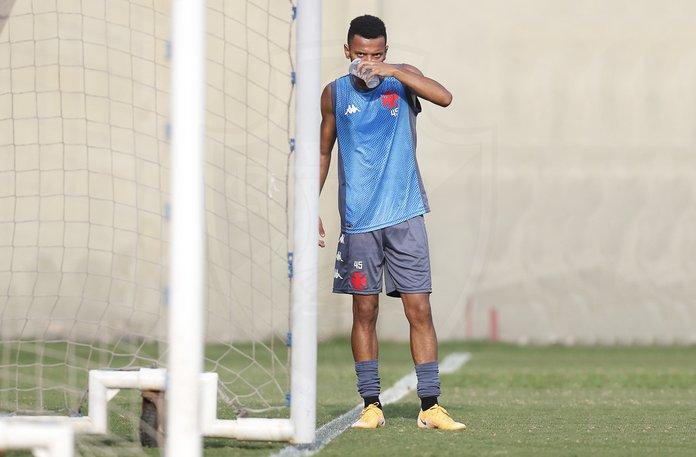 Riquelme pode ser novidade do Vasco