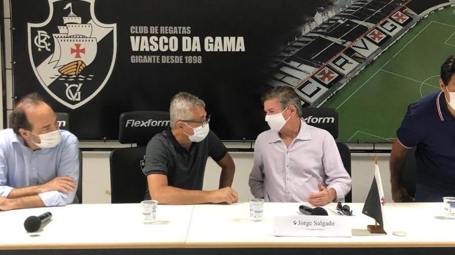 Alexandre Campello fala sobre dívidas do Vasco - Foto: Bruno Braz/UOL EsporteFoto: Bruno Braz/UOL Esporte