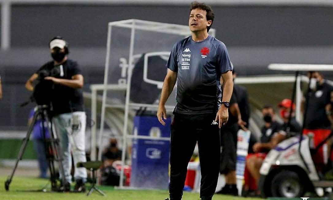 Fernando Diniz fala sobre o VAR