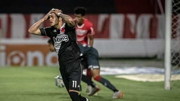 Matemático calcula que o Vasco terá que ganhar pelo menos mais 9 jogos